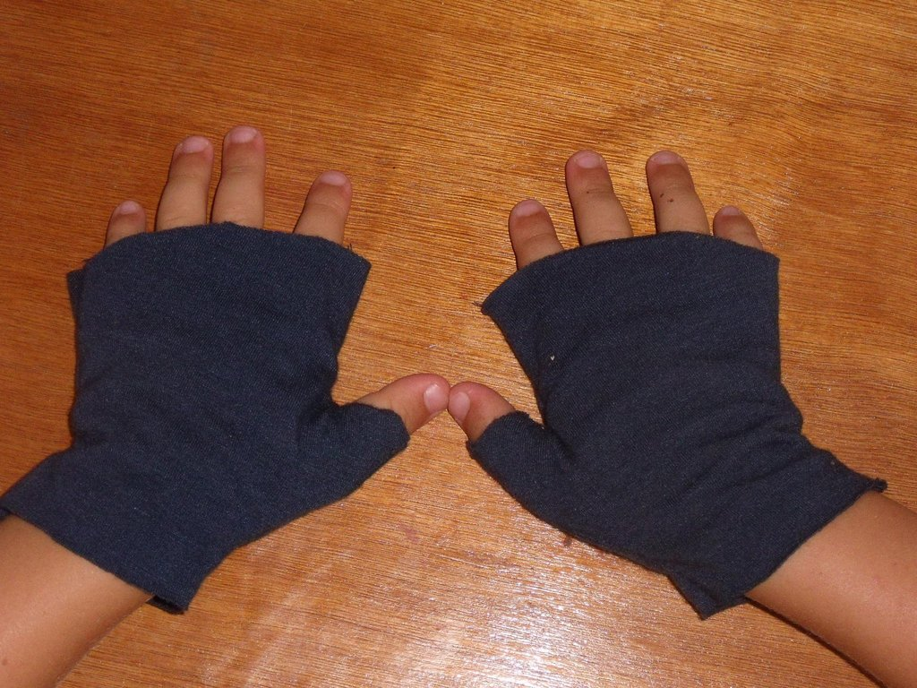 How to make fingerless mittens fingerless mittens jeuxipadfo Image collections