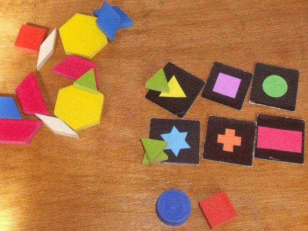 Diy Qwirkle (tracing the tiles)